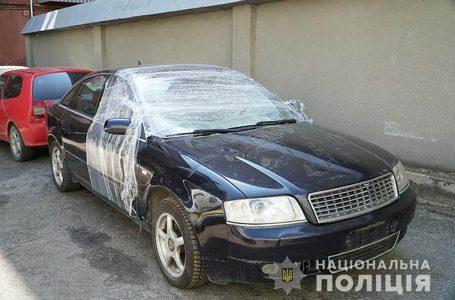 """У Тернополі на """"Канаді"""" вкрали автомобіль """"Ауді"""""""