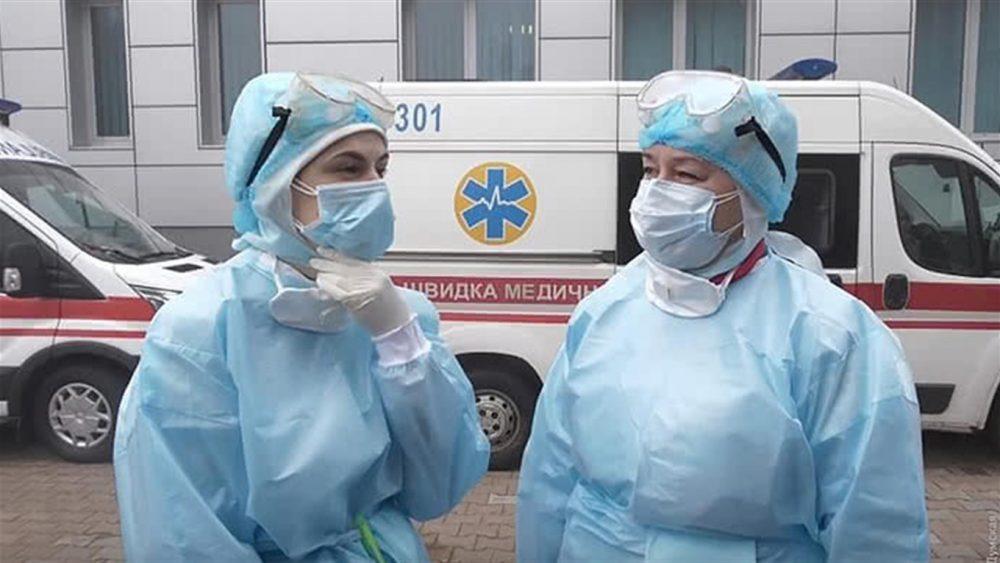За минулу добу на Тернопільщині виявлено 332 випадки COVID-19, в Україні – понад 7500