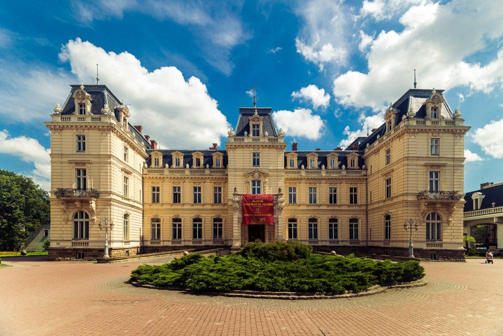 7 місць, які обов'язково варто відвідати у Львові (ФОТО)