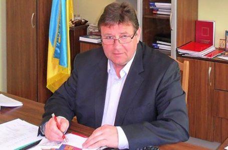 На Тернопільщині голова сільської ОТГ за рік отримав 800000 гривень зарплати