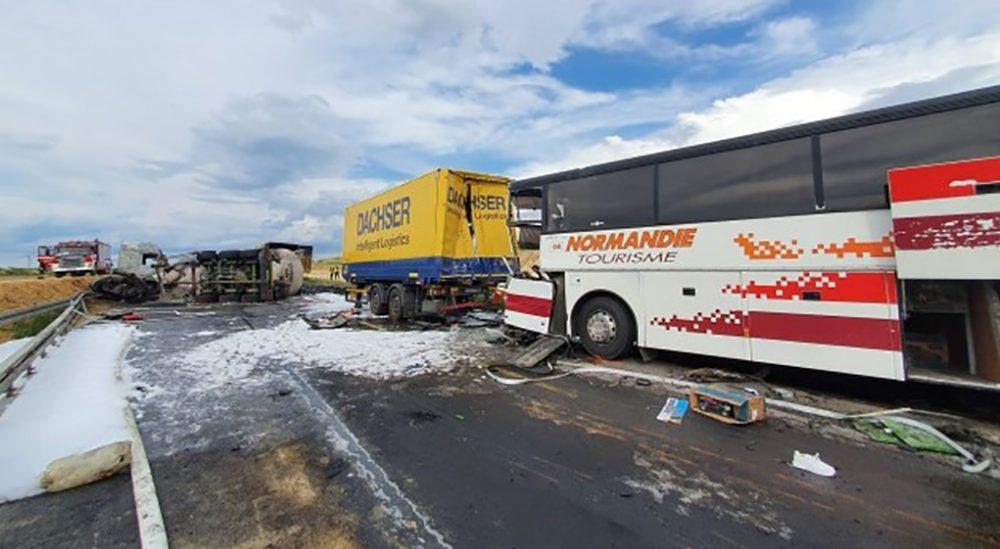 У Польщі судитимуть водія, який цистерною в'їхав у тернопільський автобус з 30 пасажирами
