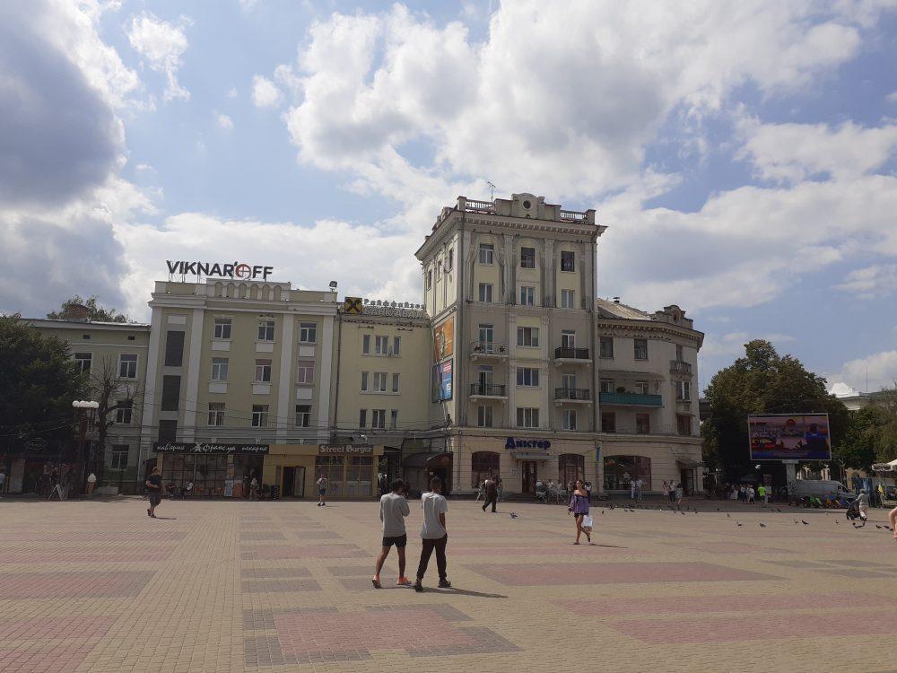 Коронавірус на Тернопільщині: за минулу добу 27 людей захворіли, 72 – одужали