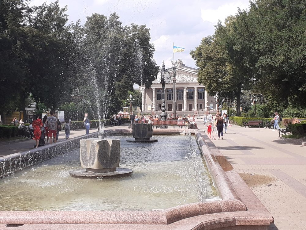 За минулу добу на Тернопільщині 350 людей вилікувалися від коронавірусу, 4 – померли
