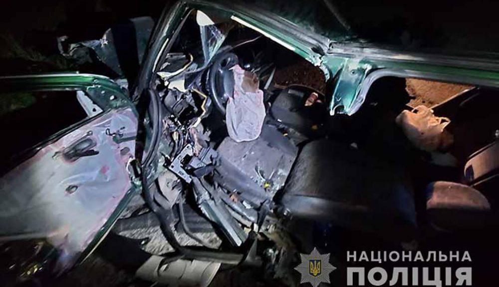 Аварія біля Довжанки – через невдалий обгін травмувалося четверо людей