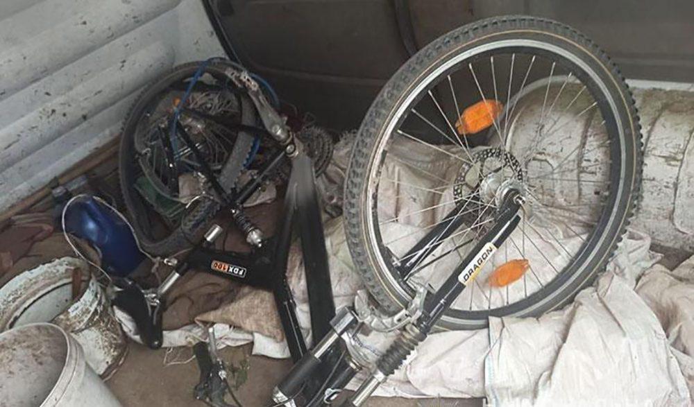 У Микулинцях водій мікроавтобуса збив 32-річного велосипедиста