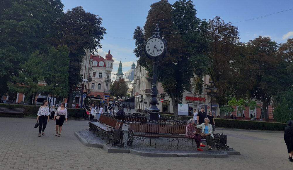 Пам'ятники Тернополя: від плачу до сміху. Частина 4 (ФОТО)