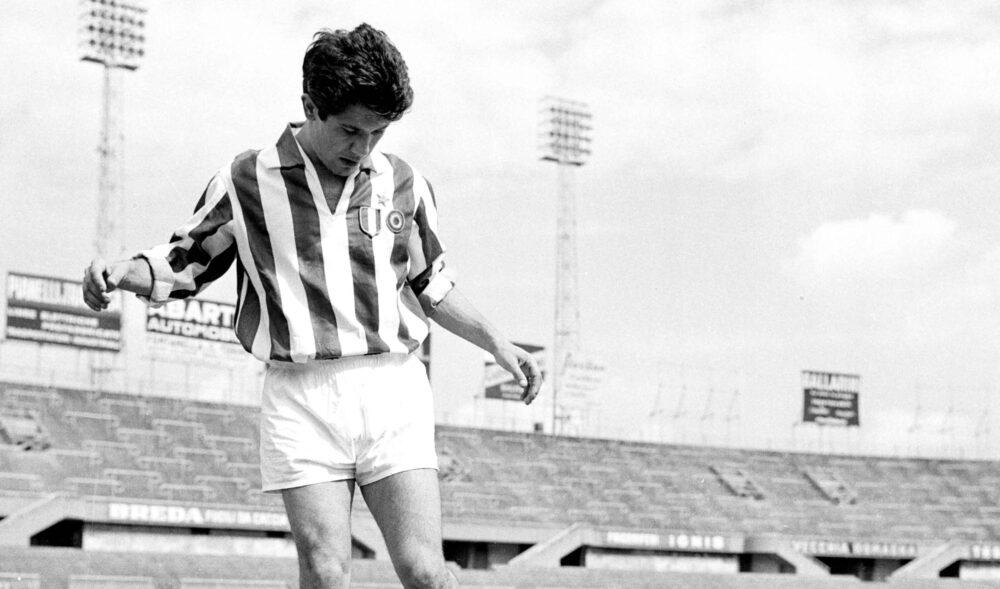 """Легенди футболу: володар """"Золотого м'яча"""" 1961 року Омар Сіворі"""