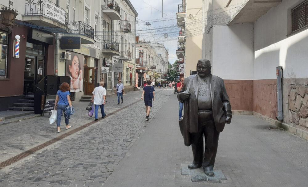 Пам'ятники Тернополя: від релігії до науки (ФОТО)