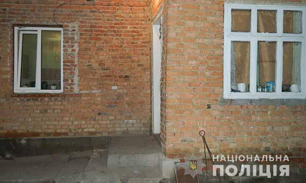 50-річну жительку Тернопільщини підозрюють у вбивстві матері