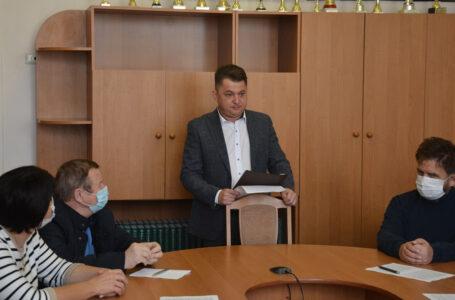 Після виборів голова Тернопільської облради Віктор Овчарук уже знайшов собі нове робоче місце