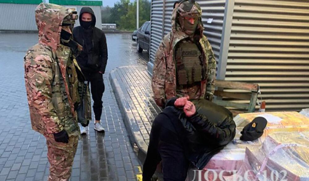 Львівський рекет на кордоні: із перевізників вимагали по 500 євро на місяць
