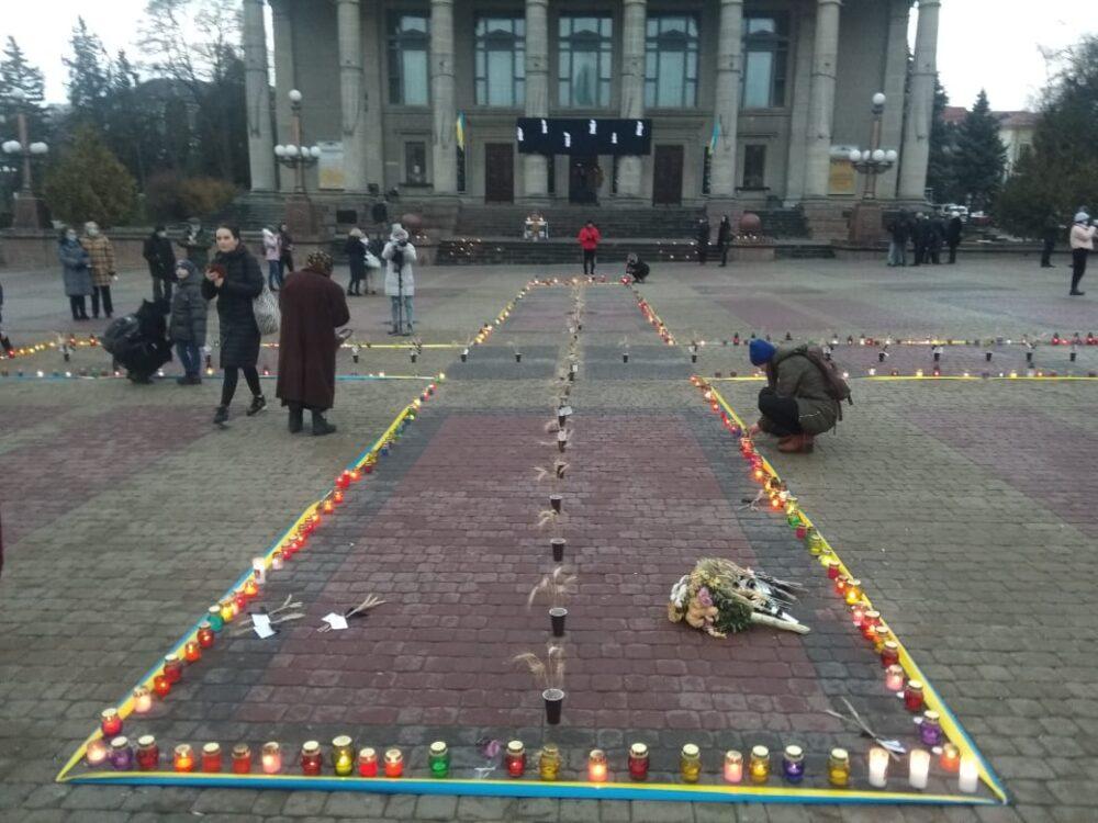 У Тернополі вшанували пам'ять жертв Голодомору (ФОТО, ВІДЕО)