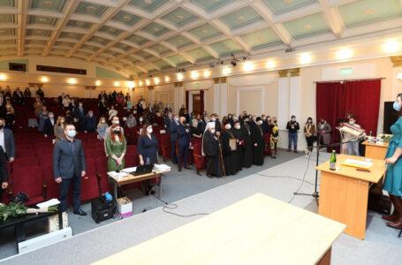 У Тернополі на першій сесії обрали секретаря міськради, 5 заступників мера і 5 старост