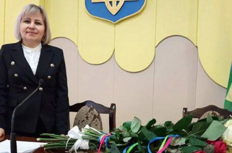 """Кременецьку районну раду очолила представниця партії """"Слуга народу"""" Світлана Кебалюк"""
