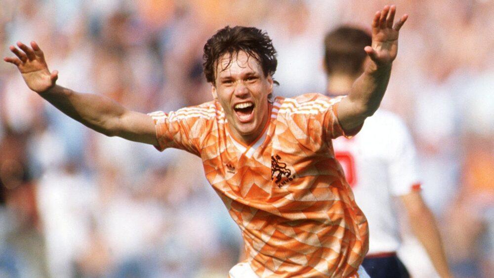 Легенди футболу: триразовий володар «Золотого м'яча» Марко Ван Бастен