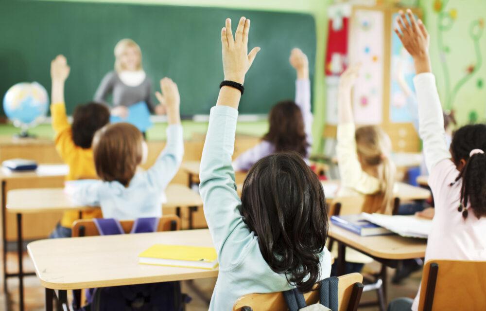 З понеділка до школи: у Тернополі з 25 січня відновлюють навчання