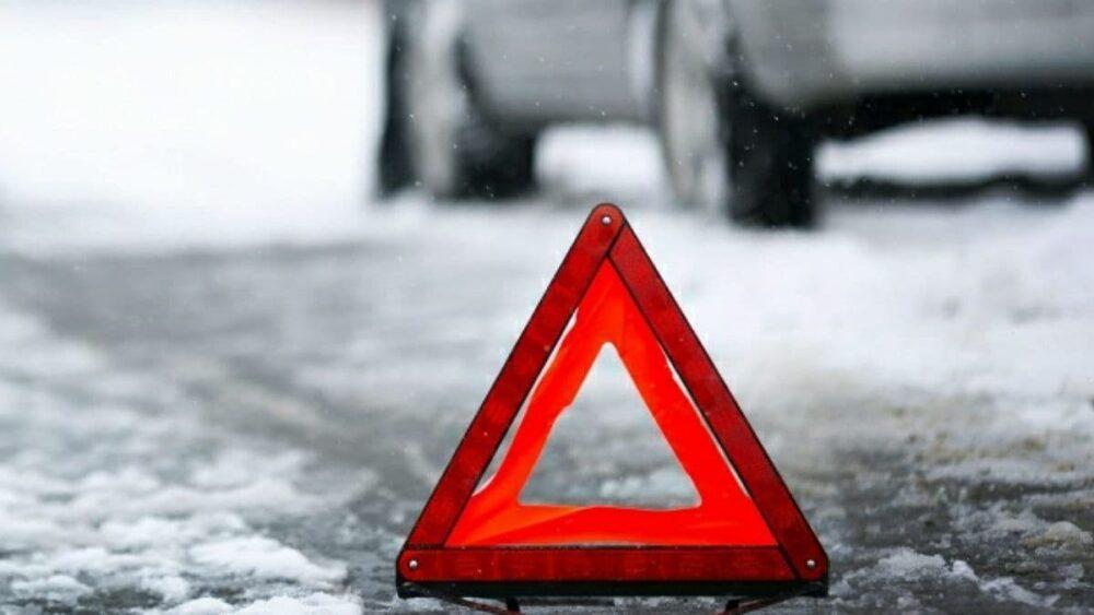 У Ланівцях дворічна дитина потрапила під колеса автомобіля