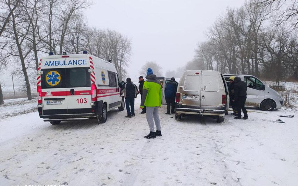У Бучачі судили водія, який на слизькій дорозі скоїв страшну аварію з потерпілими
