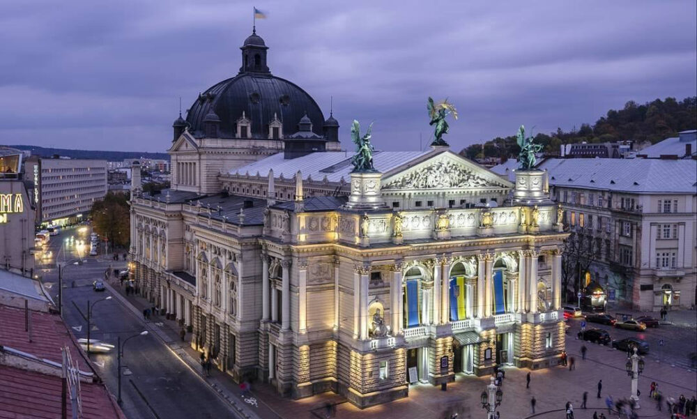 Львів: 9 цікавих місць, які варто побачити туристам