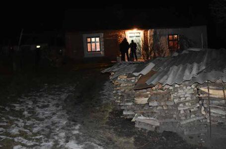 Жителя Тернопільщини, який до смерті побив батька, затримали у Чернівецькій області