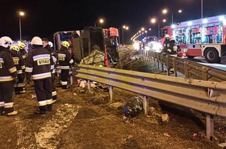 У Польщі перекинувся автобус тернопільського перевізника: 6 людей загинули (ФОТО)