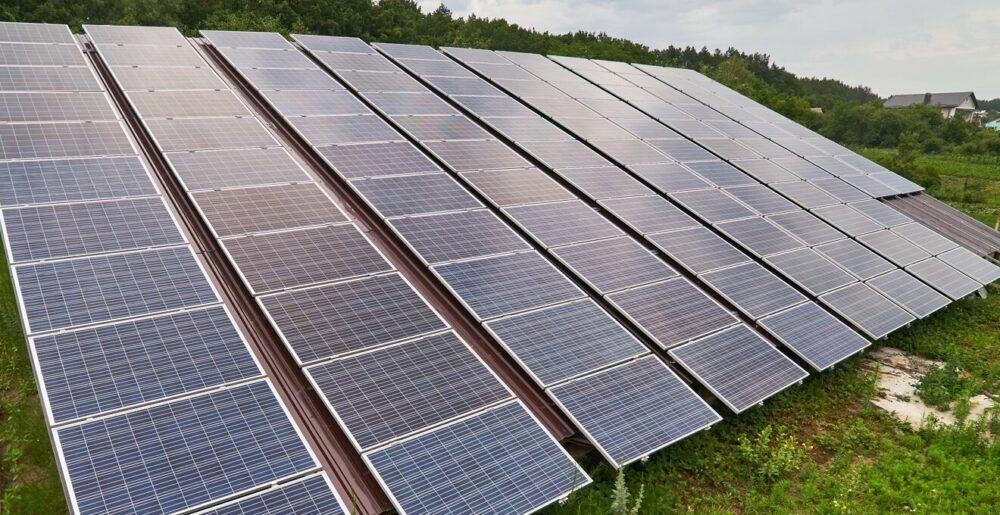 Мер Бучача на сонячних електростанціях минулого року заробив майже 300000 гривень