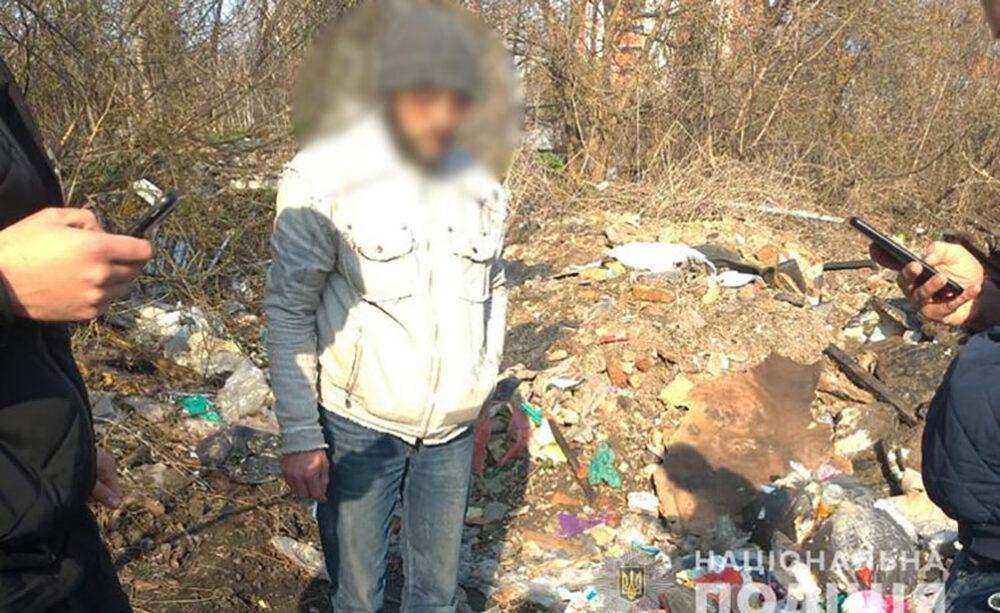 У Тернополі спіймали вандала, який на Микулинецькому цвинтарі пошкодив 80 могил (ФОТО)