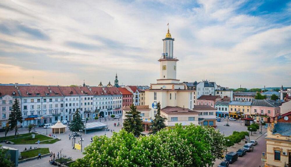 Івано-Франківськ: найцікавіші місця, які варто побачити туристам
