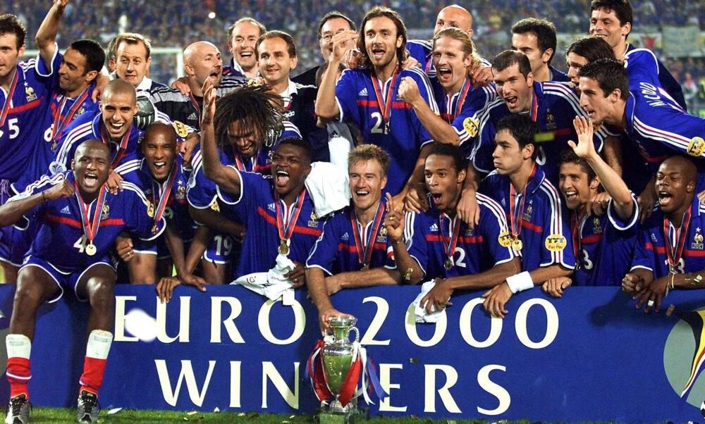 На шляху до Євро'2020: одинадцятий чемпіонат Європи — 2000 рік