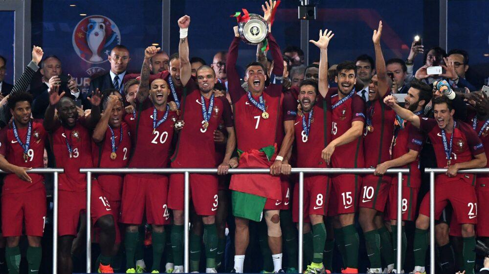 На шляху до Євро'2020: п'ятнадцятий чемпіонат Європи — 2016 рік