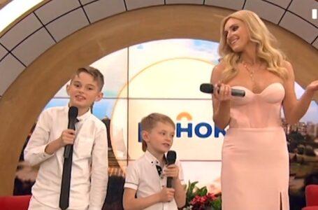 Ірина Федишин вперше заспівала з синами (ВІДЕО)