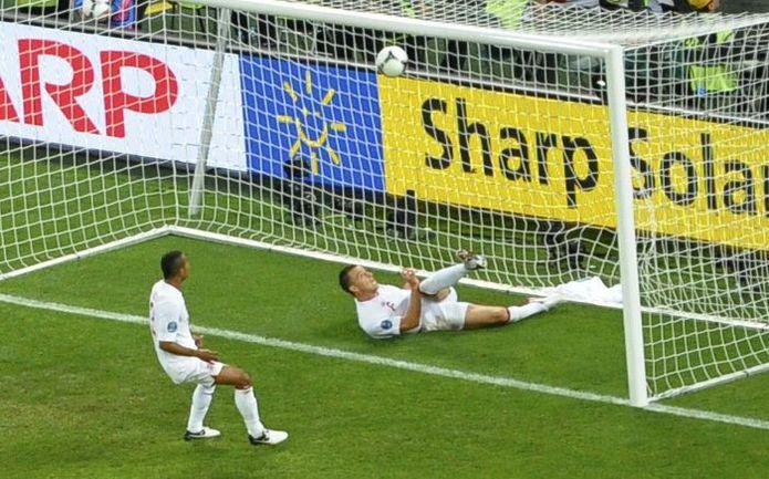 гол Девіча на Євро-2012