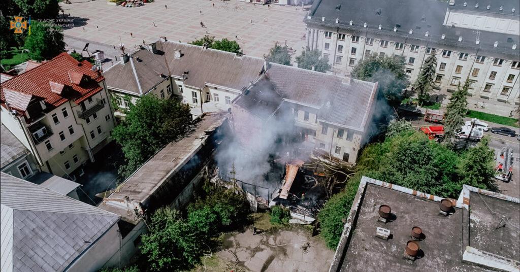 пожежа у Тернополі, що горить?
