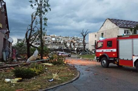 У Чехії пронісся потужний торнадо. Загинули щонайменше п'ятеро людей (ВІДЕО)