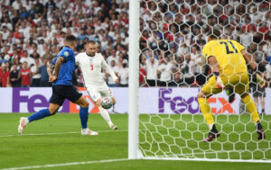 гол Люка Шоу у фіналі Євро-2020