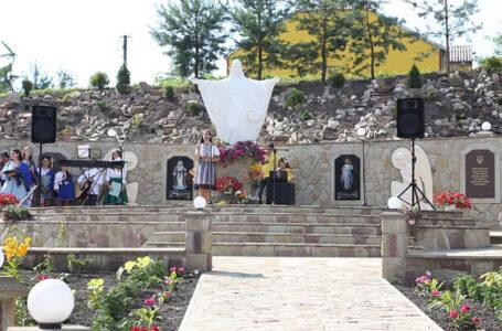 На Зборівщині освятили меморіальний комплекс героям-захисникам України (ФОТО)