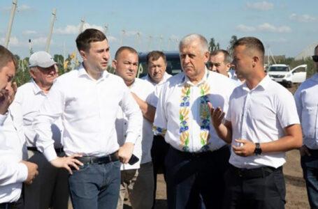 Міністр аграрної політики відвідав підприємства Героя України Петра Гадза