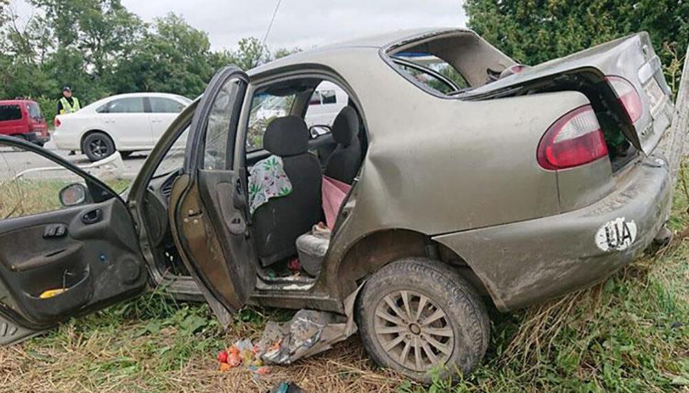 ДТП на Тернопільщині: у поліції розповіли подробиці аварії, у якій травмувалися 5 людей