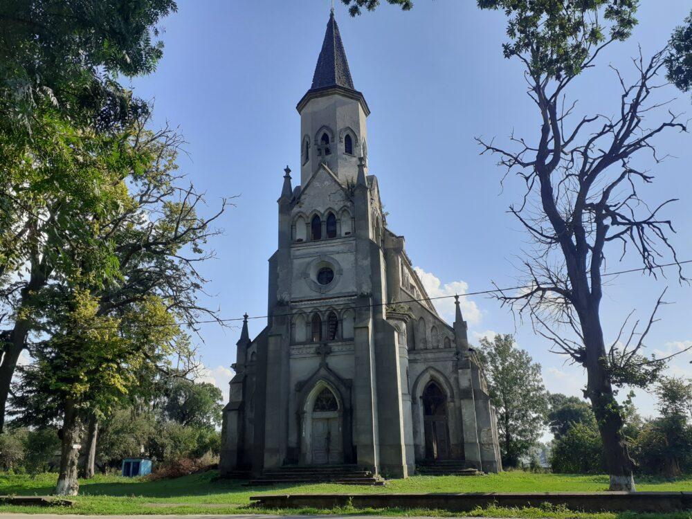 Костел у селі Сороцьке – пам'ятка, яку можна врятувати (ФОТО)