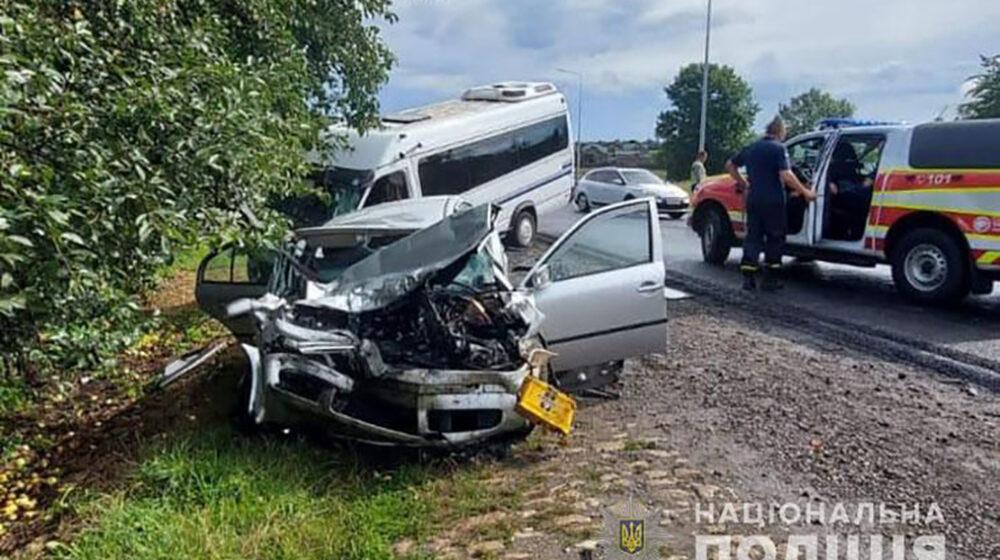 10 травмованих: у поліції розповіли деталі аварії, яка трапилася на Теребовлянщині