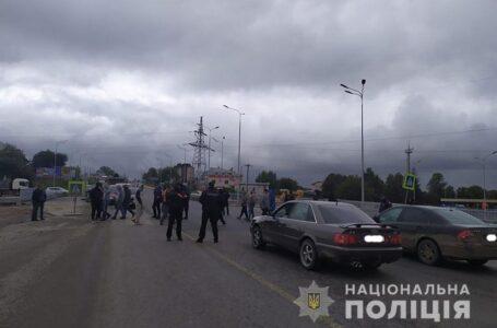 У Тернополі акція протесту – люди перекрили Гаївський міст (ФОТО)