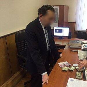 хабар суддя, Михайло Кренцель