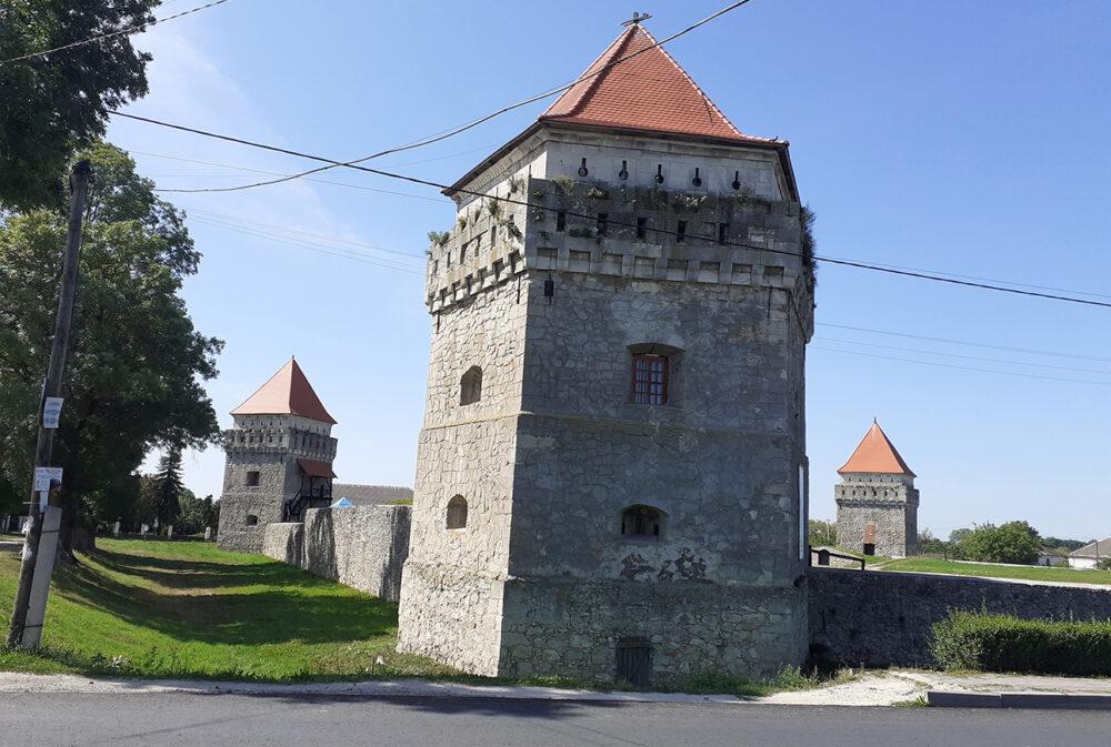 Скалатський замок: історія та сьогодення (ФОТО, ВІДЕО)