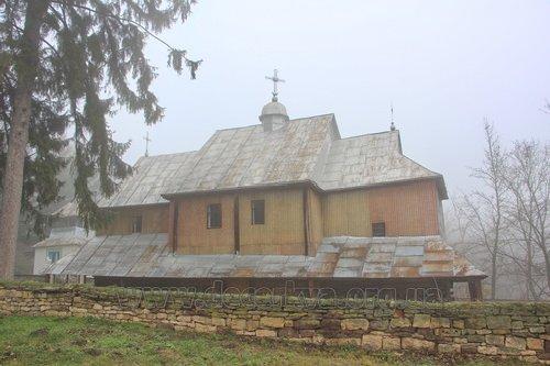 церква у селі Сокілець
